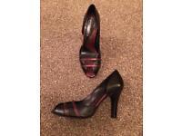 Black & Purple Kenneth Cole Shoes Size 4.5