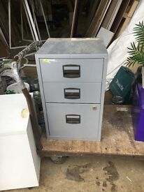 Filing cabinet 3 draw grey