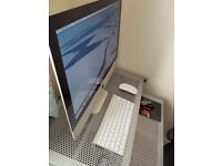 Apple iMac 21.5inch (Mouse, Keyboard, Power Supply and Box Inclusive)