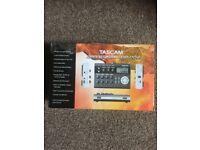 Tascam DP004 portastudio