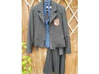 Brentwood School Girls Uniform 30'' Chest 12 Years WORN 3 MONTHS ONLY . PE AS NEW.