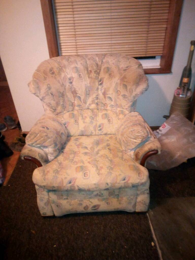 Free 2 seater sette and chair