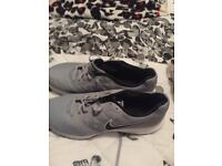 brand new mens nike downshifter trainers size 12 grey and black