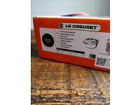 NEW UNOPENED Le Creuset 18cm BLACK Casserole Dish. Lifetime guarantee.