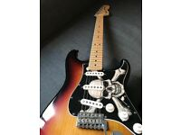 USA Fender Stratocaster 2007 Amazing - in great condition New D'adarrio strings, Extra face plate