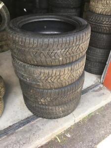 4 Pneus Hiver 235/55R19 Pirelli