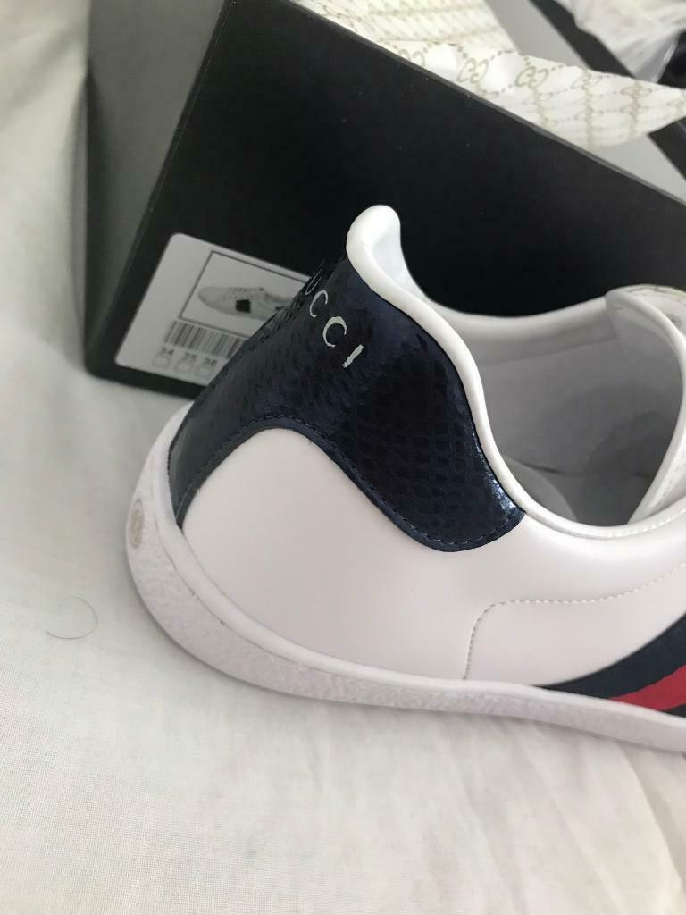 4bf7ad1ed98 Gucci ace men s Uk9 white and navy with box