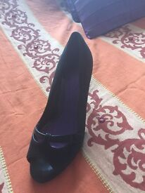 Black river island shoes size 7