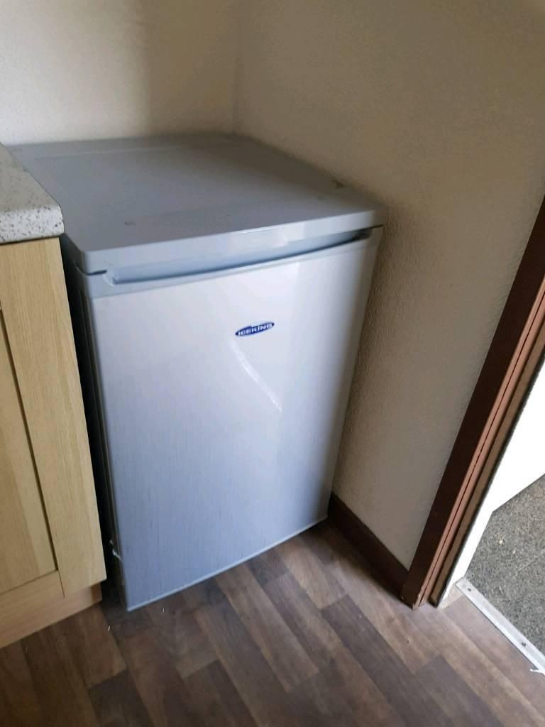 Fridge/small freezer section