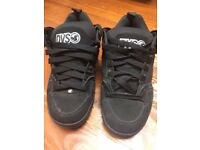 DVS Skate Shoes Size USA: 7.5/UK 8.5