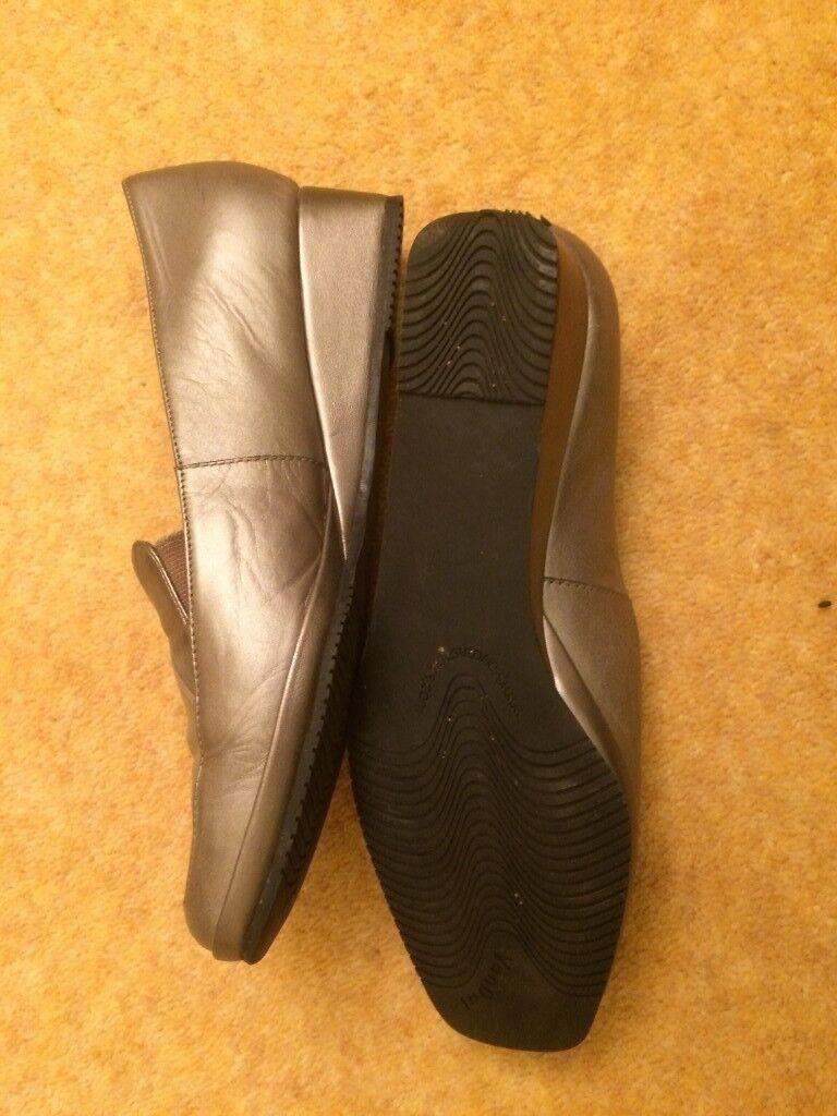van dal shoes size 5