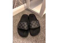 Mens/Womens LV-Slidders Slippers Sandals Size 6UK