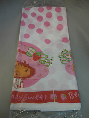 STRAWBERRY SHORTCAKE TABLE COVER -- PARTY SUPPLIES DECORATIONS
