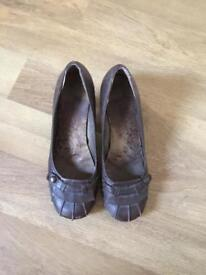 Hush Puppies shoes - brown leather low heel size 7