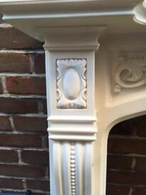 Georgian style fireplace surround. Includes mantel, hearth and backboard.