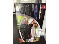 BRAND NEW Gas BBQ Landmann Grill Chef 12375 FT 2 Burner Gas Barbecue
