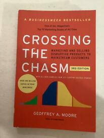 Crossing the chasm Geoffrey Moore.