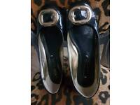 Black/gold NEXT ballerina pumps. Size 7.