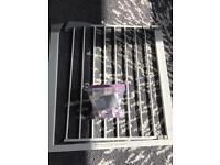 Lindam pressure fit baby safety gate - Un-used