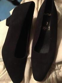 Black suede court shoes. Size 3