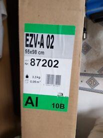FAKRO ROOF WINDOW FLASHING KIT-98CM X 55CM (EZV-A-02)Brand new in sealed box.£45