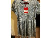 Brand new boohoo dress size 8 smock style