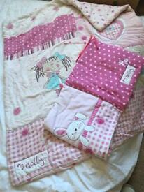 'My Dolly' Cot Quilt & Bumper