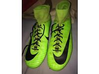 Nike green superflys size 9.5