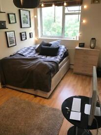DALSTON LARGE DOUBLE ROOM £685 INCL BILLS