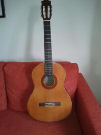 Classic guitar Yamaha c-40 full size