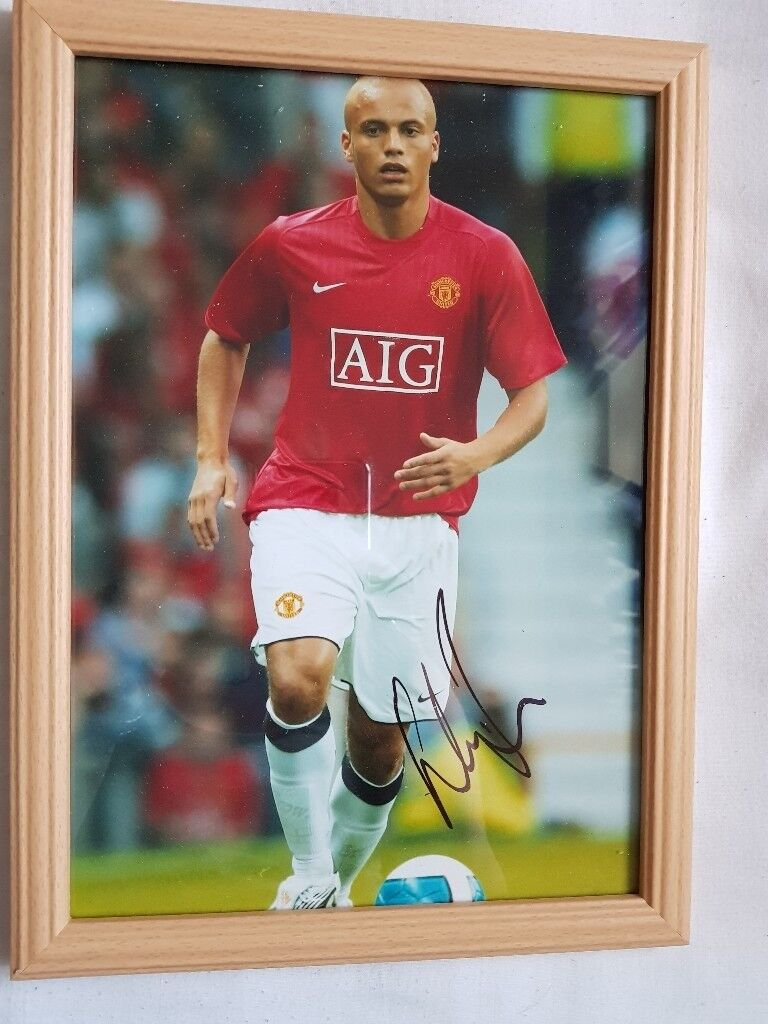 Signed wes brown photo