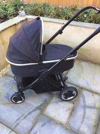 Oyster 2 pram and carry cot