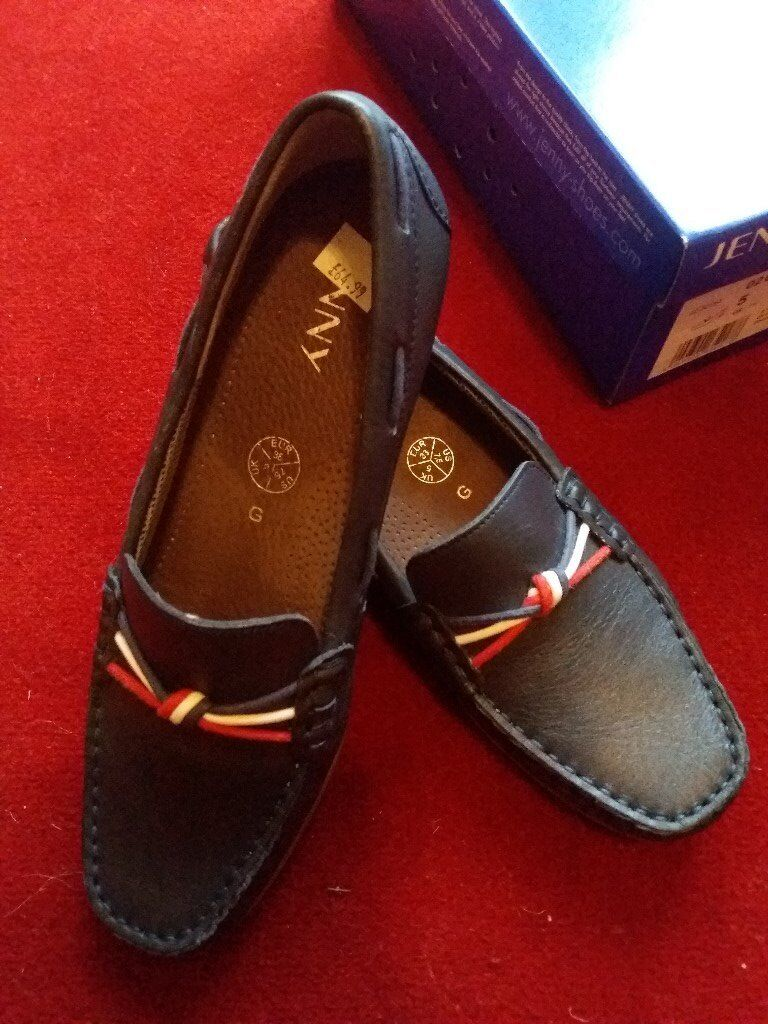"NEW ""JENNY"" WOMENS SHOES SIZE 5 D CASUAL LOAFERS SMALL HEEL BLUE LEATHER"