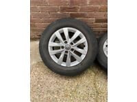 genuine vw 17 inch alloys with wheels