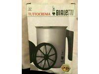 Bialetti Tuttocrema Aluminium Milk Frother