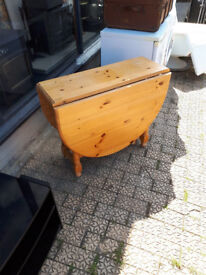 PINE FOLDING DINING TABLE KITCHEN TABLE DROPLEAF TABLE IN YEOVIL