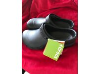 Crocs specialist shoes black size 7