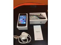iPhone 4s 32gb unlocked and boxed working condition