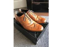 Men's Tan brogue shoes