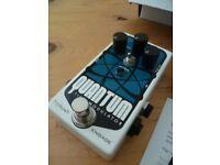 Pigtronix Quantum Time Modulator guitar Chorus, Flange & Tremolo pedal, boxed, original PSU