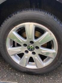VW Passat / Golf Alloys and Tyres