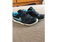 Nike trainers size 11 very good condition