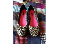 Size 6 leopard print platforms, vgc