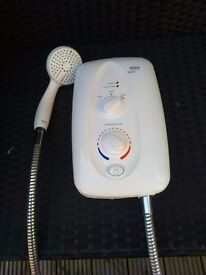 Mira electric shower 3 settings vairable flow shower head all in good working order.