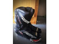 RST Tractech Evo boots size 8