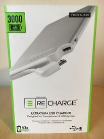 Techlink ReCharge 3000 Ultrathin Lightning Charger - Silver/White