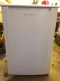 HOTPOINT CTL55P Undercounter Fridge - White 55CM A+ Energy