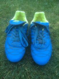 Patrick Football boots size 4