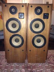 Realistic Optimus T-100 vintage speakers – fantastic looking, fully working