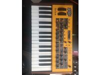 Dave Smith Instruments - Mopho synth : Great Condition w/soft case